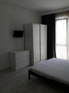 Apartment Porto Heli, Апартаменты  Кабардинка - big - 5