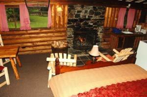 Rustic Log Cabins, Lodges  Lisbon - big - 2