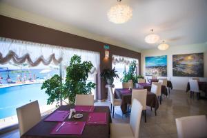 La Playa Blanca, Hotel  Santo Stefano di Camastra - big - 74