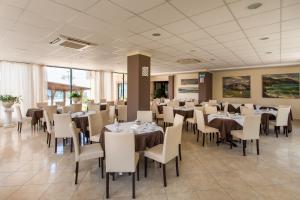La Playa Blanca, Hotel  Santo Stefano di Camastra - big - 91
