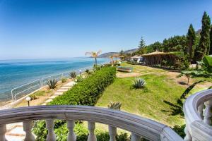 La Playa Blanca, Hotel  Santo Stefano di Camastra - big - 87