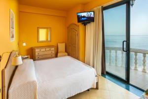 La Playa Blanca, Hotel  Santo Stefano di Camastra - big - 75