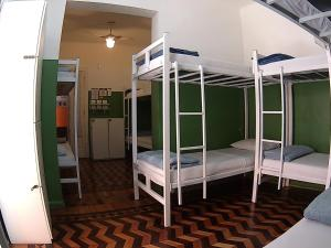 Bed in 10-Bed Mixed Dormitory Room Barcelona