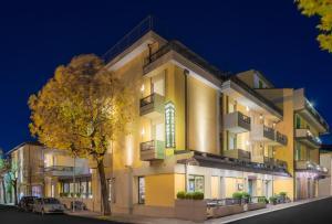 Hotel Montebello - AbcAlberghi.com