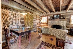 Tanglewood Farms, Guest houses  Fredericksburg - big - 30