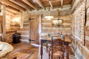 Tanglewood Farms, Guest houses  Fredericksburg - big - 8