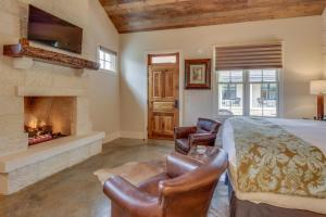 Blacksmith Quarters on Barons Creek, Apartmanok  Fredericksburg - big - 108
