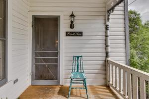 Wine Country Farmhouse, Apartmány  Fredericksburg - big - 3