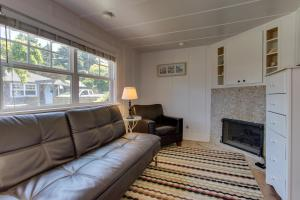 Hidden Villa Cottage #2 - The Shell Cottage, Ferienhäuser  Cannon Beach - big - 28