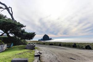Hidden Villa Cottage #2 - The Shell Cottage, Ferienhäuser  Cannon Beach - big - 29