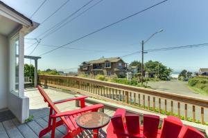 Hemlock Modern Beach House, Nyaralók  Cannon Beach - big - 18
