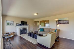 Hemlock Modern Beach House, Nyaralók  Cannon Beach - big - 10