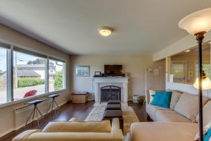 Hemlock Modern Beach House, Nyaralók  Cannon Beach - big - 23