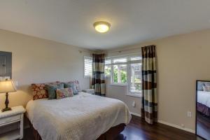 Hemlock Modern Beach House, Nyaralók  Cannon Beach - big - 13