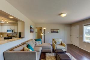Hemlock Modern Beach House, Nyaralók  Cannon Beach - big - 31