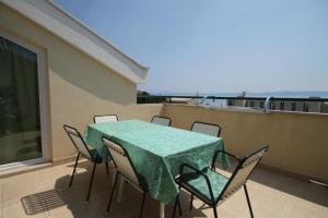 Apartment Tucepi 6657a
