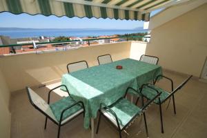 Apartment Tucepi 6657b