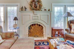 Eva's Guest House, Holiday homes  Fredericksburg - big - 26