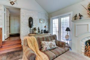 Eva's Guest House, Holiday homes  Fredericksburg - big - 24