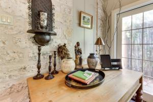 Eva's Guest House, Holiday homes  Fredericksburg - big - 20