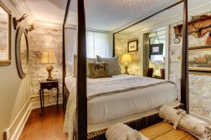Eva's Guest House, Holiday homes  Fredericksburg - big - 18