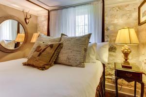Eva's Guest House, Holiday homes  Fredericksburg - big - 17
