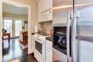 Eva's Guest House, Holiday homes  Fredericksburg - big - 4