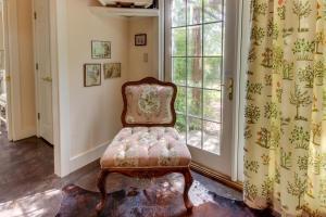 Eva's Guest House, Holiday homes  Fredericksburg - big - 10