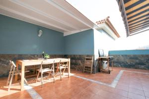 Duplex Familiar San Borondon, Apartmány  Puertito de Güímar - big - 12