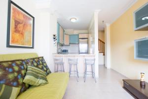 Duplex Familiar San Borondon, Apartmány  Puertito de Güímar - big - 6