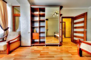Apartment - Bandery Street, Apartmanok  Truszkavec - big - 8