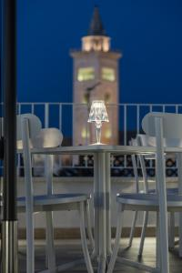 BORGOBELTRANI, Bed and Breakfasts  Trani - big - 63