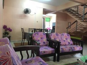 Homestay Tamu Orkid (Guest House), Проживание в семье  Куантан - big - 3