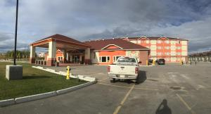 New Imperial Suites, Motels  Whitecourt - big - 18