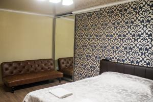 Apartment on Bukhar Zhirau 48, Apartmány  Karaganda - big - 3