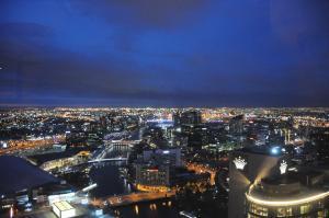 Melbourne Luxury Apartment