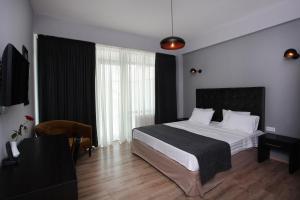 L.M Club Hotel, Hotels  Tbilisi City - big - 11