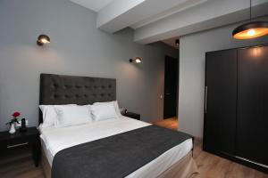 L.M Club Hotel, Hotels  Tbilisi City - big - 8