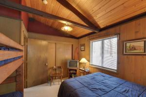 Cozy Jay Cabin, Holiday homes  Sunriver - big - 13