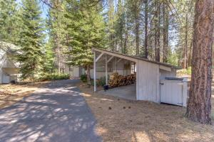 Cozy Jay Cabin, Holiday homes  Sunriver - big - 7