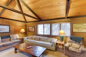 Cozy Jay Cabin, Holiday homes  Sunriver - big - 27