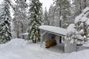 Cozy Jay Cabin, Holiday homes  Sunriver - big - 5