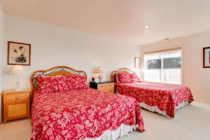Victorian By The Sea, Holiday homes  Lincoln City - big - 18