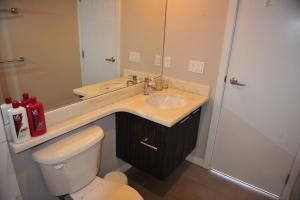 Comfortable 3BDR 2BA condo in Central Richmond, Appartamenti  Richmond - big - 3
