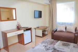 Hotel Zumrat, Hotely  Karagandy - big - 76