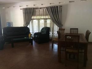 Семейный отель Biyes Garden & Resort, Анурадхапура