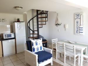 Point Village Accommodation - Santos 7, Apartments  Mossel Bay - big - 2