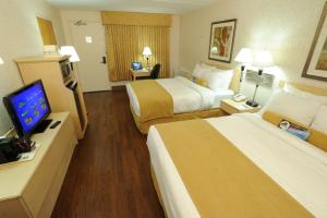Queen Room with Two Queen Beds with Pool Access - Second Floor