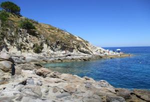 Graziosa villetta vista mare - AbcAlberghi.com
