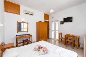 Mediterranean Studios Apartments, Apartmánové hotely  Kissamos - big - 2